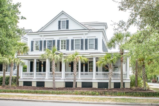 218 N Shelmore Boulevard, Mount Pleasant, SC 29464 (#19013535) :: The Cassina Group