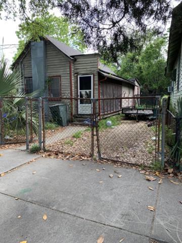 702 Meeting Street, Charleston, SC 29403 (#19014366) :: The Cassina Group