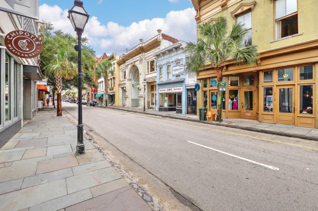 350 King Street #304, Charleston, SC 29401 (#19017860) :: The Cassina Group