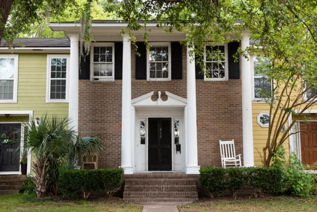 923 Cottingham Drive, Mount Pleasant, SC 29464 (#19018282) :: The Cassina Group