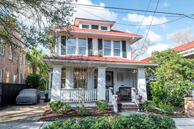 9 Council Street, Charleston, SC 29401 (#19022436) :: The Cassina Group