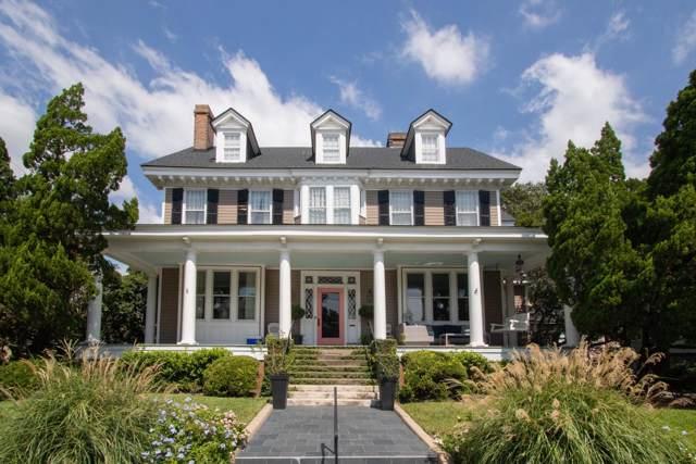 182 Tradd Street, Charleston, SC 29401 (#19027876) :: The Cassina Group
