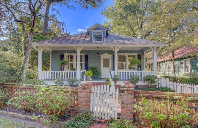 122 W 5th South Street, Summerville, SC 29483 (#19029405) :: The Cassina Group