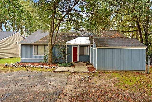 108 Hedge Way, Summerville, SC 29486 (#19030419) :: The Cassina Group
