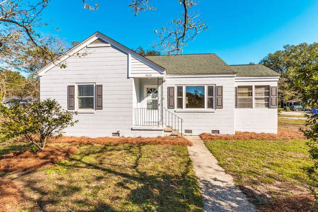 2020 Capers Street, Charleston, SC 29412 (#20002256) :: The Cassina Group