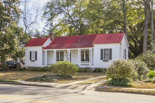 528 Hampton Street, Walterboro, SC 29488 (#20003705) :: The Cassina Group