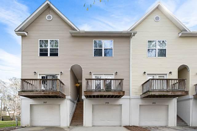 949 E Estates Boulevard #306, Charleston, SC 29414 (#20004016) :: The Cassina Group