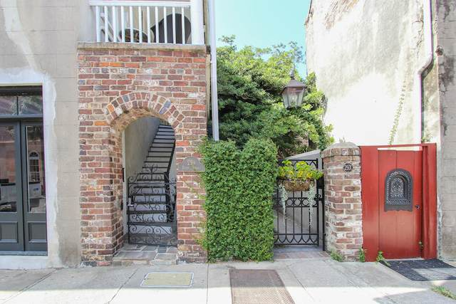 29 1/2 State Street A, Charleston, SC 29401 (#20004242) :: Realty One Group Coastal