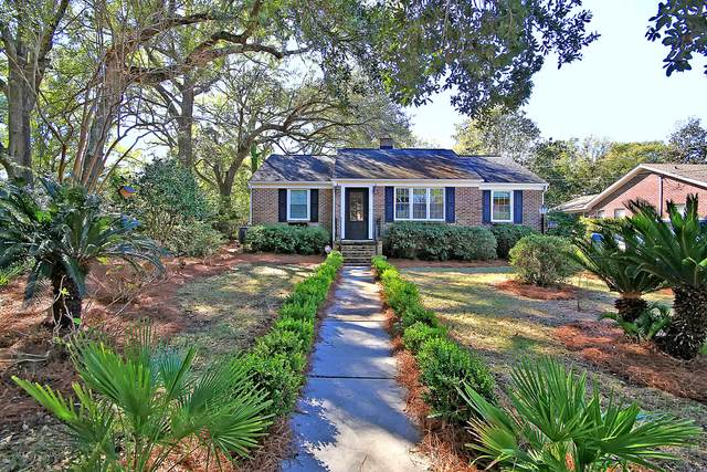 1319 Kings Court, Mount Pleasant, SC 29464 (#20004299) :: The Cassina Group
