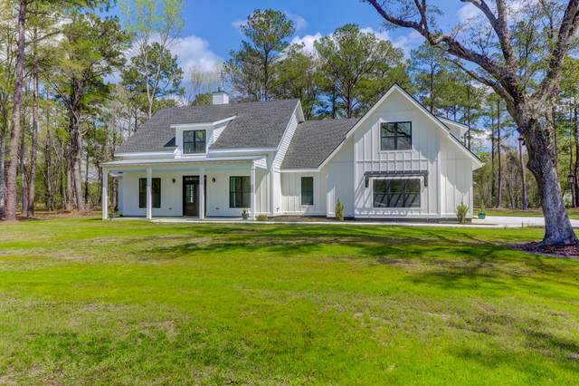 5551 Huckleberry Lane, Mcclellanville, SC 29458 (#20008573) :: The Cassina Group