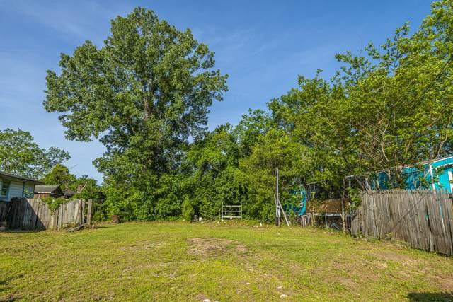 5841 Kirkwood Avenue, North Charleston, SC 29406 (#20011463) :: The Cassina Group