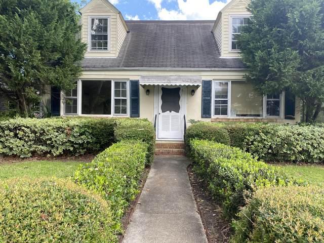 137 Simons Street, Charleston, SC 29403 (#20017521) :: The Gregg Team