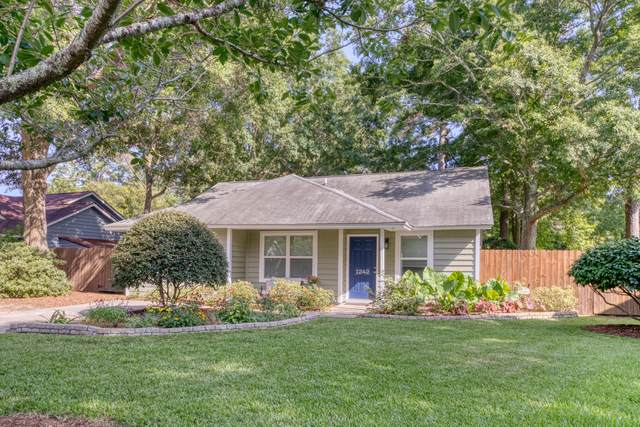 1242 Lake Mallard Boulevard, Mount Pleasant, SC 29464 (#20018229) :: The Cassina Group