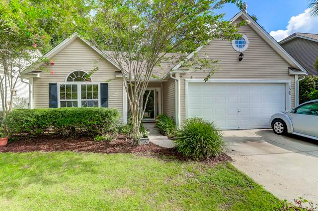 1568 Wellesley Circle, Mount Pleasant, SC 29466 (#20021899) :: The Cassina Group