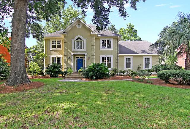 629 Hobcaw Bluff Drive, Mount Pleasant, SC 29464 (#20023281) :: The Gregg Team
