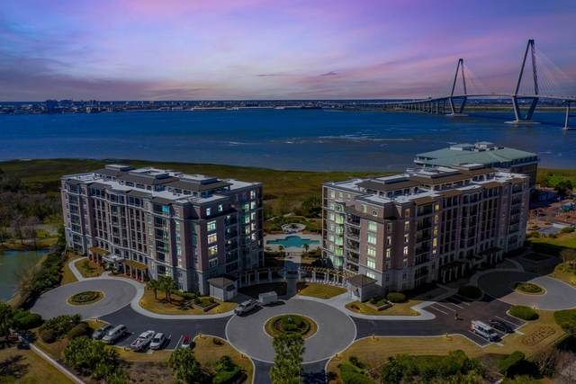 125 N Plaza Court #105, Mount Pleasant, SC 29464 (#20027606) :: The Cassina Group