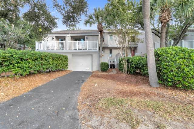 23 Racquet Club, Isle Of Palms, SC 29451 (#20028081) :: The Cassina Group