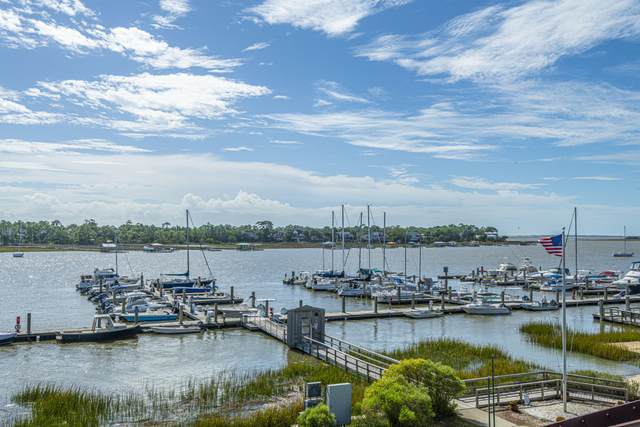 60 Mariners Cay Drive, Folly Beach, SC 29439 (#20029147) :: CHSagent, a Realty ONE team