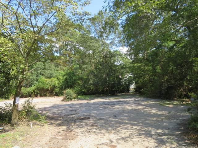 100 E Carolina Avenue, Summerville, SC 29483 (#20029152) :: Realty ONE Group Coastal