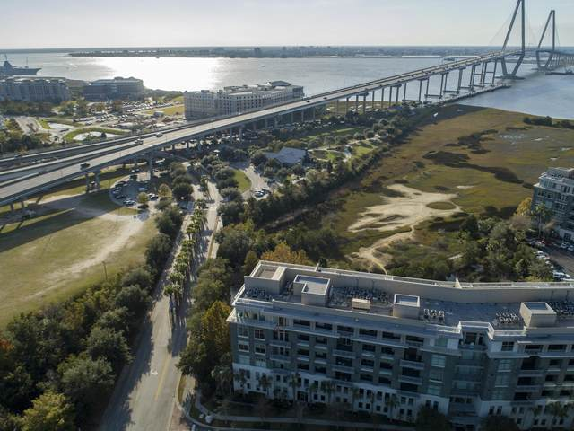 211 Cooper River Drive, Mount Pleasant, SC 29464 (#20031777) :: Realty ONE Group Coastal