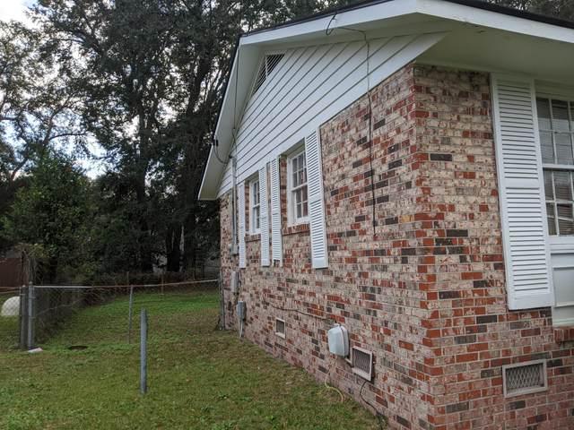 1611 Westmoreland Avenue, Charleston, SC 29412 (#20031978) :: The Gregg Team