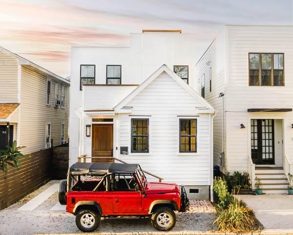 10 Strawberry Lane, Charleston, SC 29403 (#21000491) :: Realty ONE Group Coastal