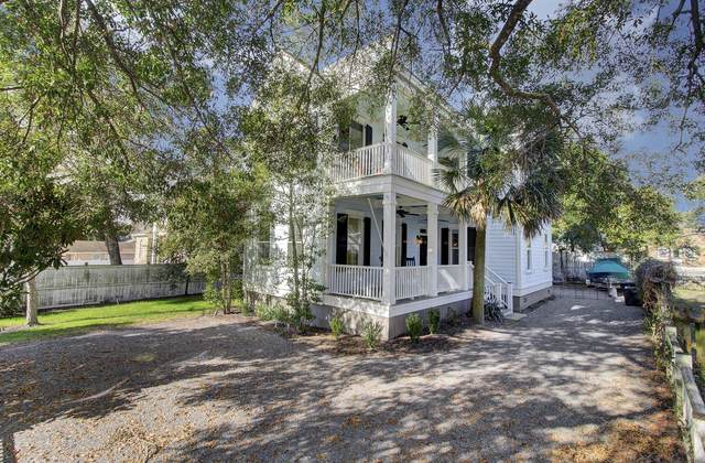 514 Ferry Street, Mount Pleasant, SC 29464 (#21000605) :: The Cassina Group