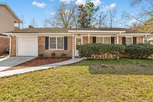 126 Dorchester Manor Boulevard, North Charleston, SC 29420 (#21001636) :: Realty ONE Group Coastal