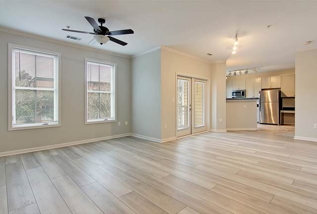 280 Seven Farms Drive #202, Charleston, SC 29492 (#21002029) :: Realty ONE Group Coastal