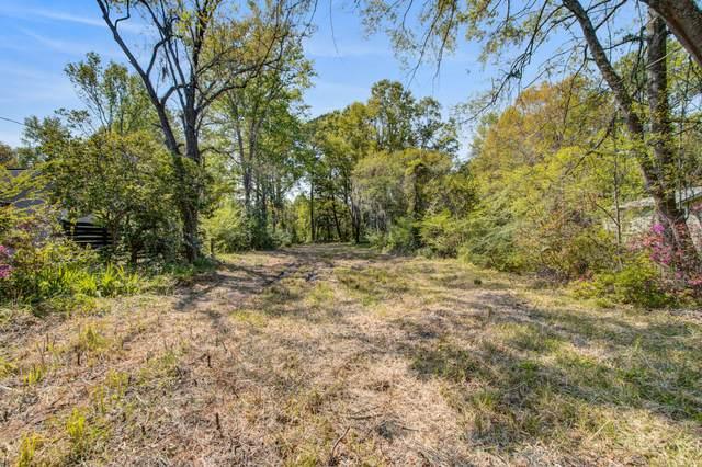 493 Woodland Shores Road, Charleston, SC 29412 (#21009236) :: Realty ONE Group Coastal