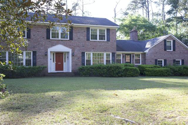 104 Race Club Road, Summerville, SC 29483 (#21009637) :: The Cassina Group