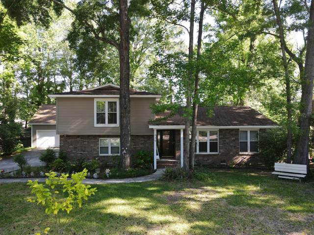 216 Smythe Drive, Summerville, SC 29485 (#21011621) :: The Gregg Team