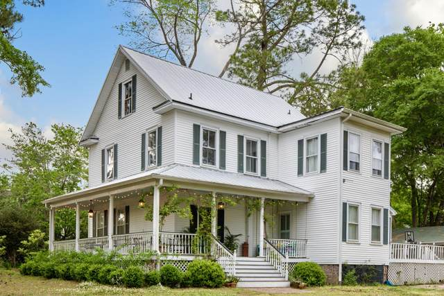 115 W 3rd South Street, Summerville, SC 29483 (#21012250) :: Realty ONE Group Coastal