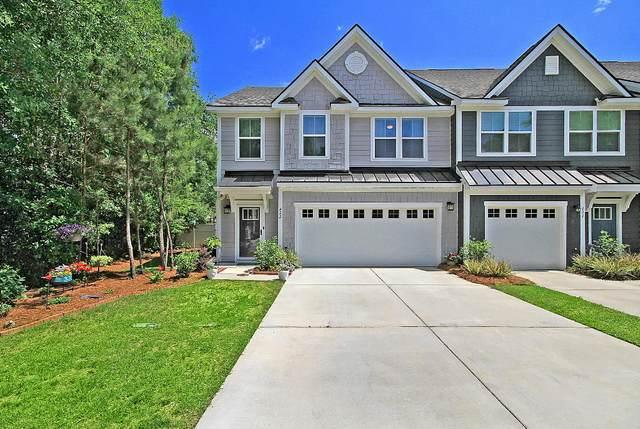 422 Grand Palm Lane, Summerville, SC 29485 (#21012387) :: The Cassina Group