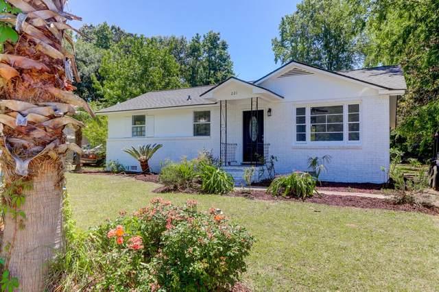 221 Birch Avenue, Goose Creek, SC 29445 (#21013081) :: Realty ONE Group Coastal