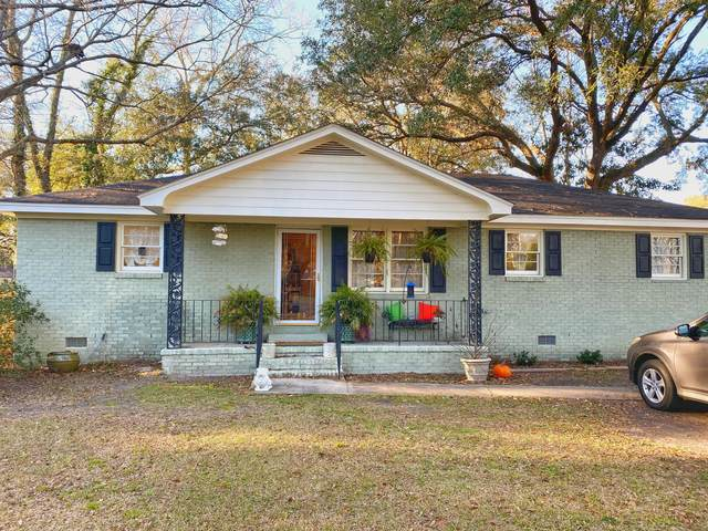 100 Holly Avenue, Summerville, SC 29485 (#21015547) :: Realty ONE Group Coastal