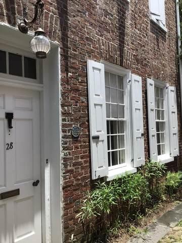 28 Longitude Lane, Charleston, SC 29401 (#21015581) :: Realty ONE Group Coastal