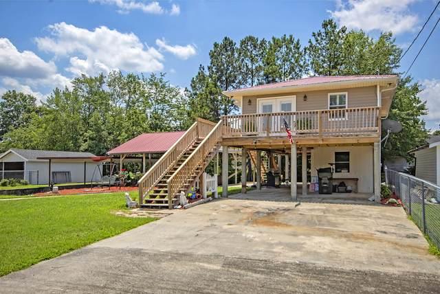 338 Lake Moultrie Drive, Bonneau, SC 29431 (#21016713) :: Realty ONE Group Coastal