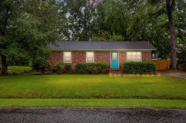 704 Tulip Street, Summerville, SC 29483 (#21021278) :: Flanagan Home Team