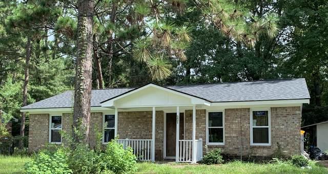 221 Dorchester Manor Boulevard, North Charleston, SC 29420 (#21022139) :: Flanagan Home Team