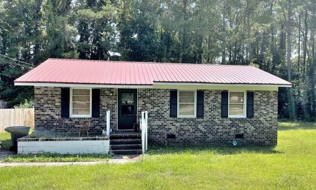 402 Francis Street, Walterboro, SC 29488 (#21025602) :: Flanagan Home Team