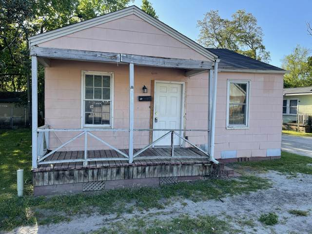 2123 Cosgrove Avenue, North Charleston, SC 29405 (#21027858) :: Flanagan Home Team
