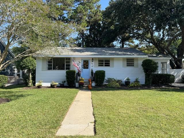 1490 Hindman Avenue, Mount Pleasant, SC 29464 (#21027896) :: Flanagan Home Team