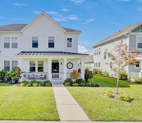 315 Garrison Street, Summerville, SC 29486 (#21028004) :: Flanagan Home Team