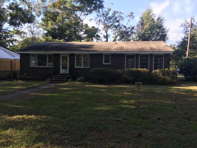 642 Coral Street, Mount Pleasant, SC 29464 (#17030081) :: The Cassina Group