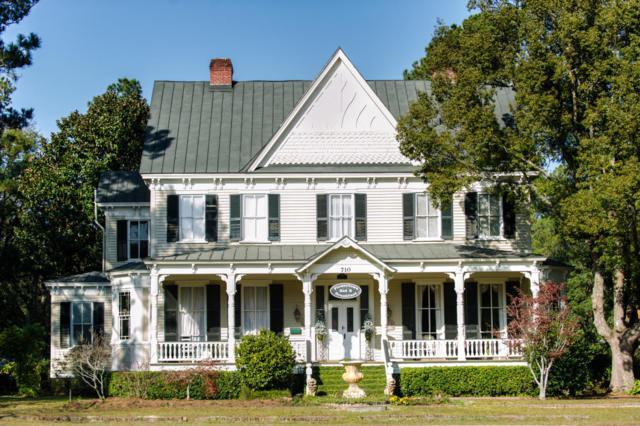 710 S Main Street, Summerville, SC 29483 (#17032785) :: The Cassina Group
