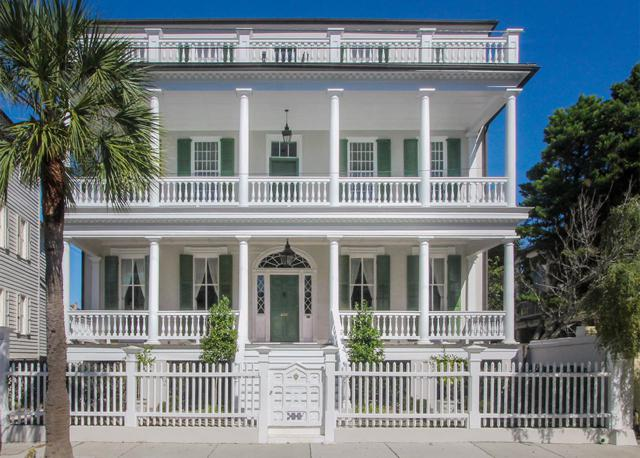 44 S South Battery, Charleston, SC 29401 (#18007525) :: The Cassina Group