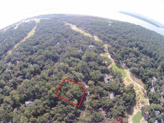 2715 Gnarled Pine, Seabrook Island, SC 29455 (#19004117) :: The Cassina Group