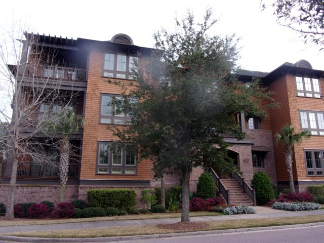 250 Island Park Drive #203, Charleston, SC 29492 (#19006606) :: The Cassina Group