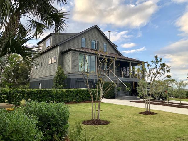 956 Osceola Avenue, Sullivans Island, SC 29482 (#19008368) :: The Cassina Group